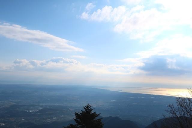 梅ノ木尾根から大山登山の相模湾景色