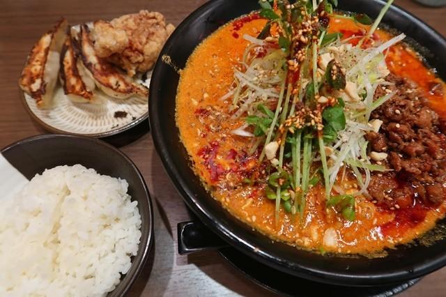 平塚のラーメン屋味噌の大将坦々麺ランチセット