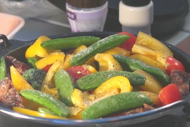 キャンプの料理野菜