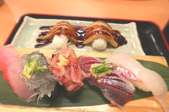 生シラス、桜エビ、金目鯛寿司ネタ