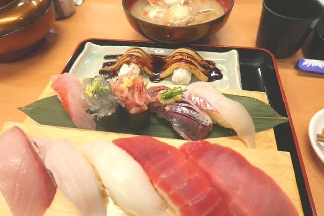マグロやハマチのお寿司