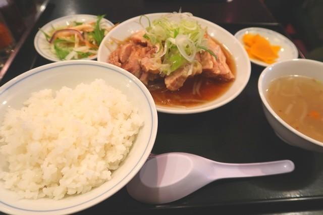 中華料理開ランチとりモモ肉の醤油煮