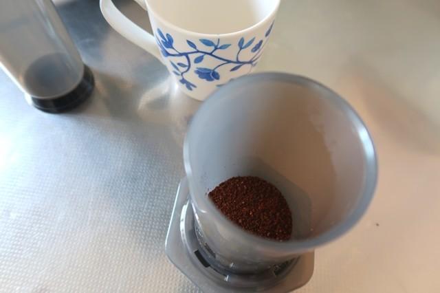エアロプレスでコーヒーを3杯ほど淹れる