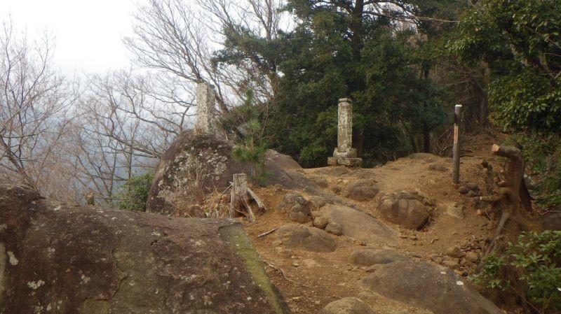 鐘ヶ岳景色が開けて眺望が良い