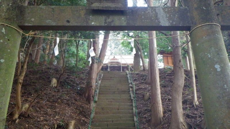 鐘ヶ岳の社殿