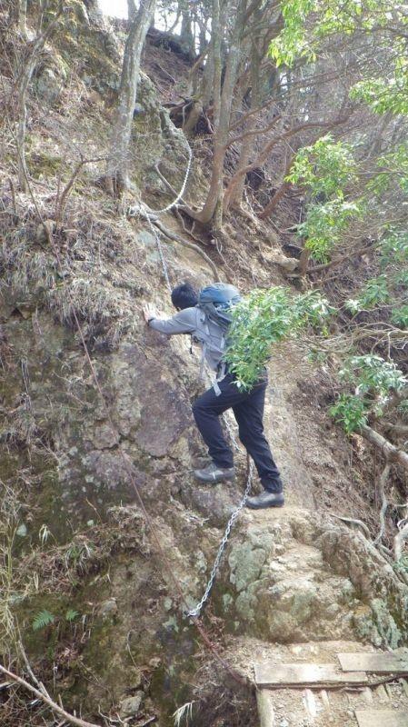 宝尾根から大山三峰山への縦走路危ない登山道