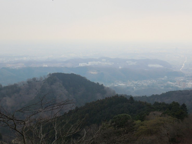下弁天から鐘ヶ岳・広沢寺温泉方面
