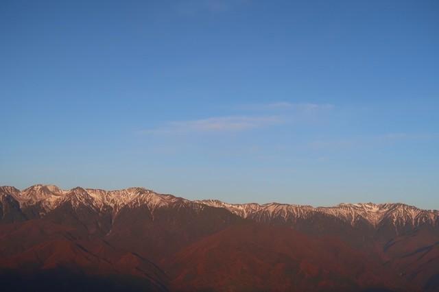 陣馬形山キャンプ場から中央アルプスの景色