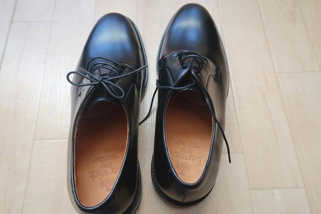 バーウィック革靴のアップ