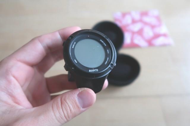 登山用のGPSが内蔵されたSUUNTOの腕時計