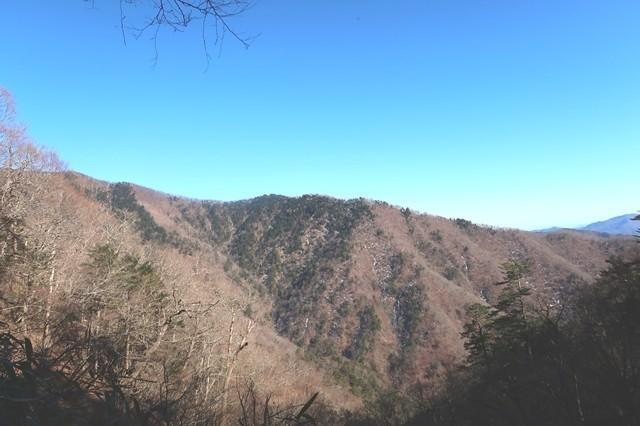 石尾根の景色