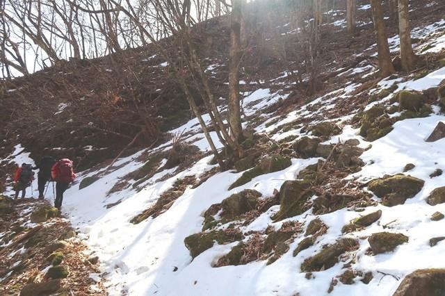 奥多摩残雪も多い