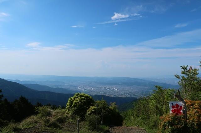 花立山荘から見る大倉方面景色