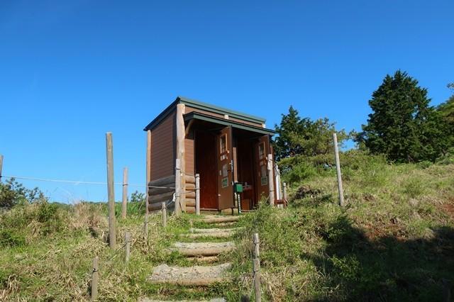 花立山荘公衆トイレ
