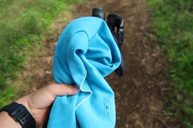 登山用タオルで飛沫対策