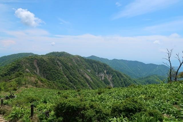 蛭ヶ岳山荘から丹沢山から下山