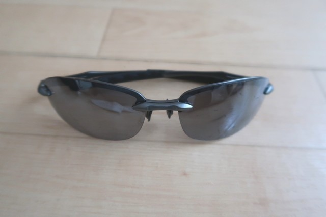 AXEのサングラス