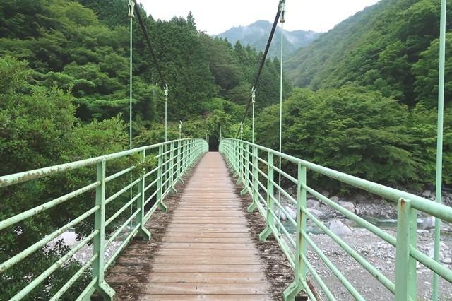本棚・下棚方面のルートの吊橋