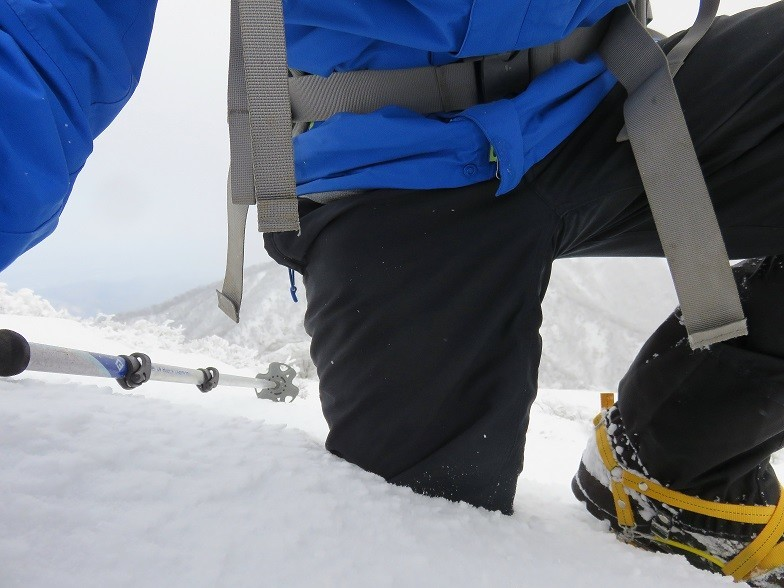 雪山登山スノーバスケットは必須
