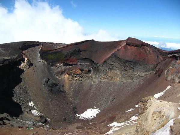 標高の高い山である富士山山頂空気が薄い