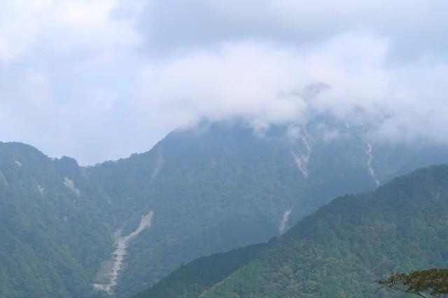 丹沢山塊最高峰の蛭ヶ岳