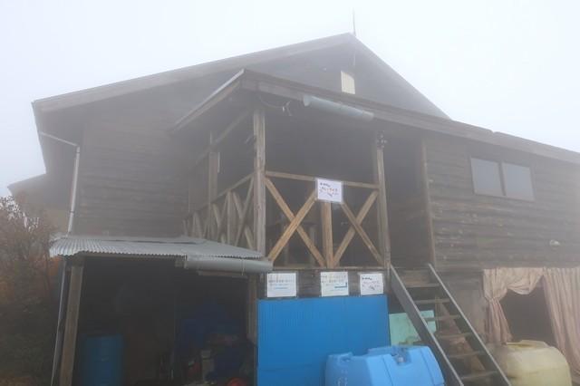 通年営業小屋の蛭ヶ岳山荘
