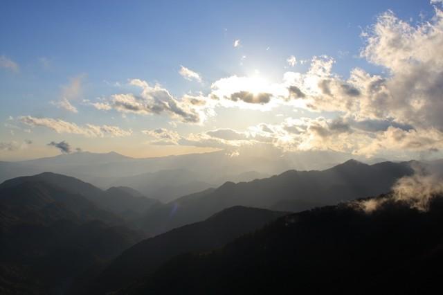 丹沢山の青空景色
