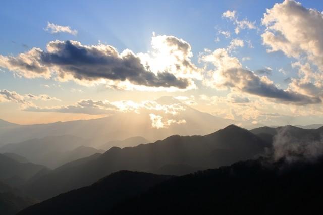 富士山周辺の雲の動き