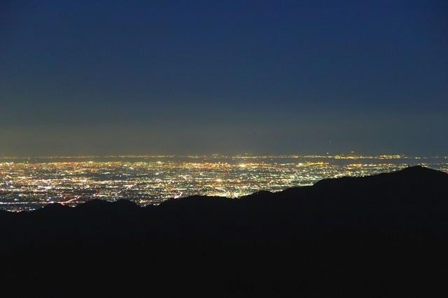 塔ノ岳から東京湾から千葉方面の夜景