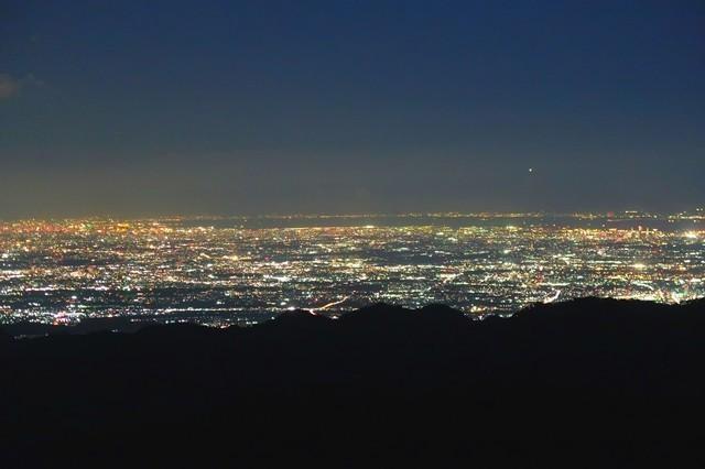 塔ノ岳山頂からの360度の夜景景色