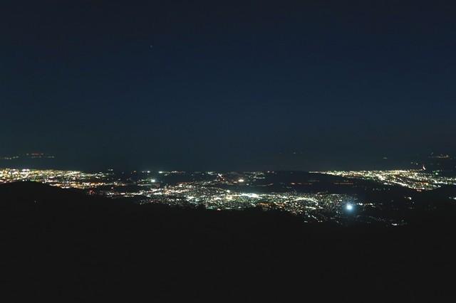 塔ノ岳眼下の夜景