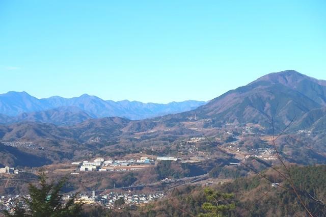 鷹取山から権現山の景色