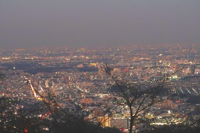 高尾山の夜景は美しい