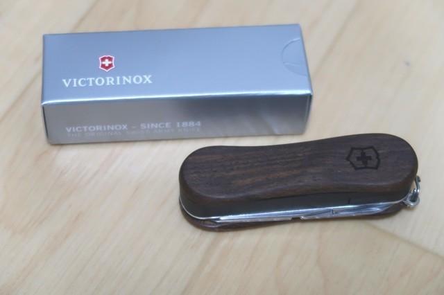 VICTORINOX(ビクトリノックス) ナイフ爪切りネイルクリップウッド580
