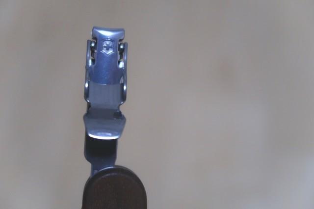 ビクトリノックスの爪切りサイズ・デザイン
