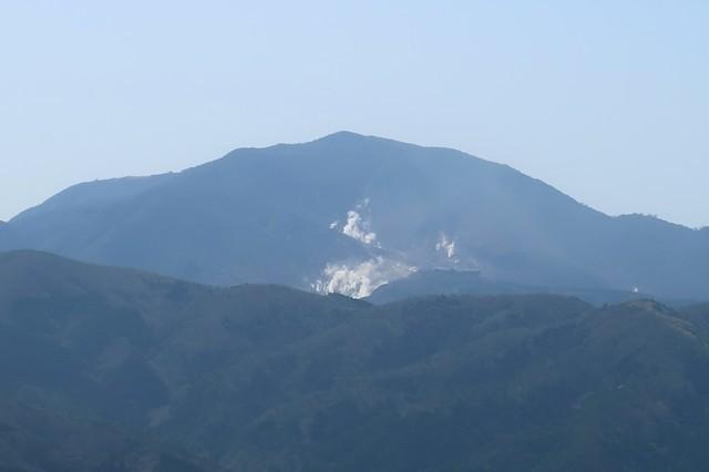 神山大涌谷の煙の量