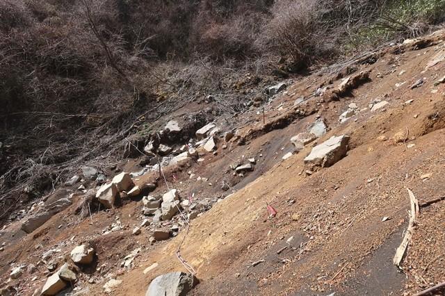 山伏平ルート上の崩壊地