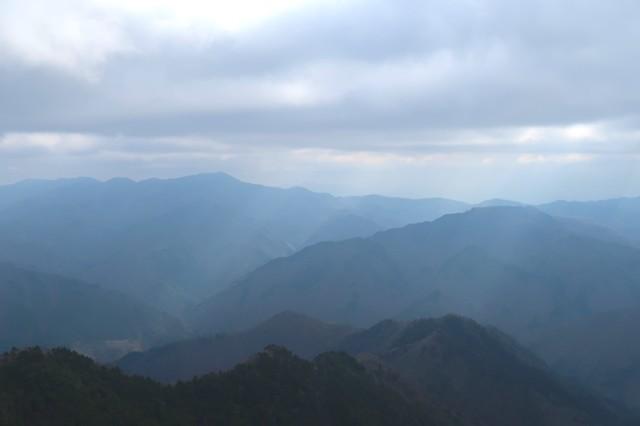 禿岩から大菩薩嶺景色