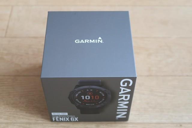 ガーミン登山GPSソーラー腕時計の充電の性能や電池の持ち時間