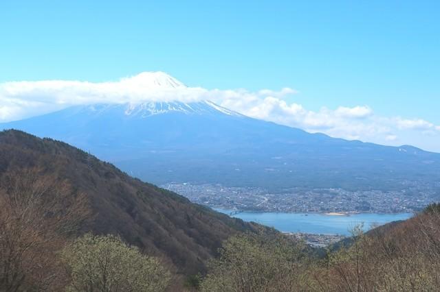 天下茶屋から富士山・河口湖の景色