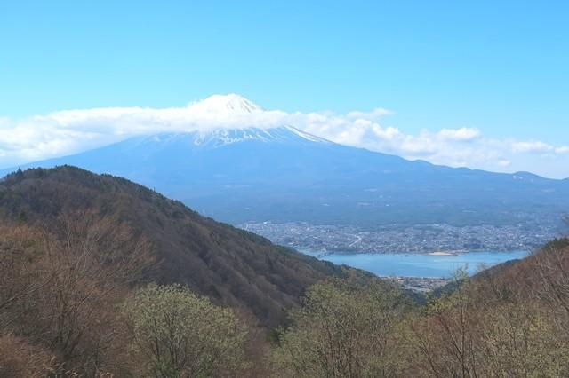 天下茶屋から見る富士山の景色