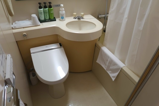 fホテルパークイン富山のバス・トイレの様子