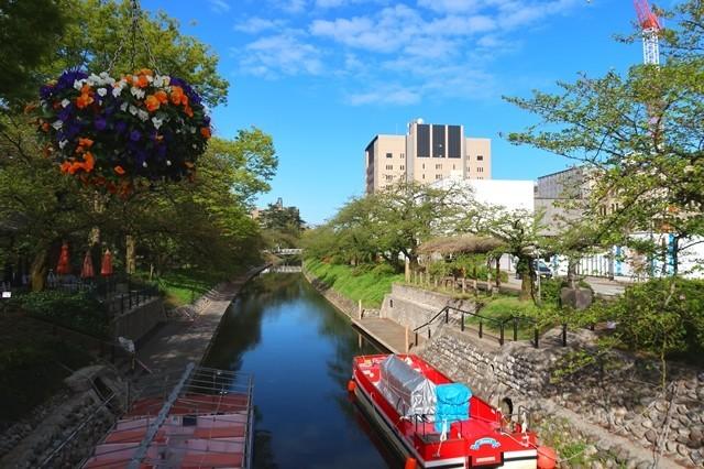 富山駅から富山城にある遊覧船乗り場