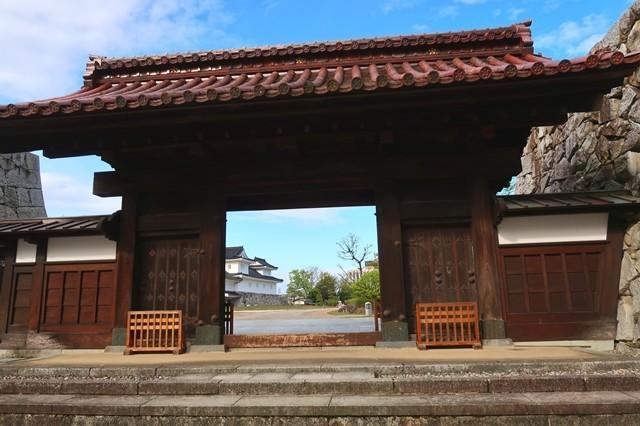 千歳御門が富山城の入口