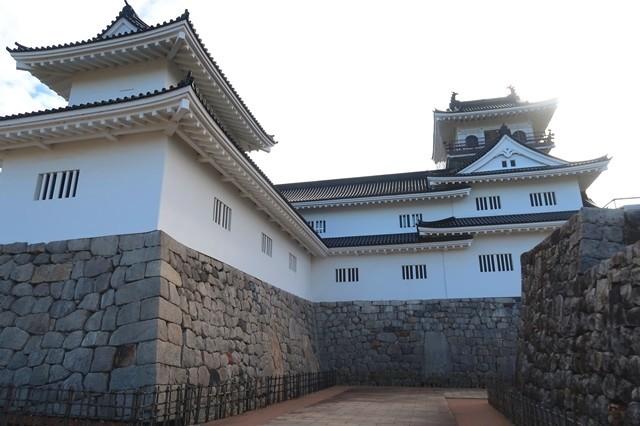 模擬天守富山城の様子