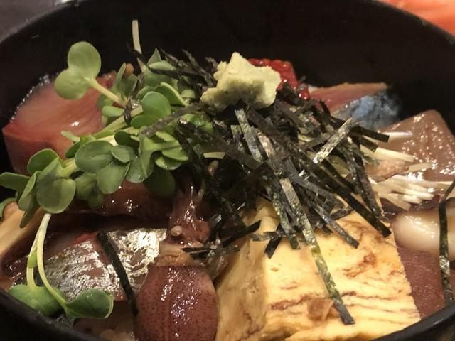 海風亭海鮮丼ランチのボリューム