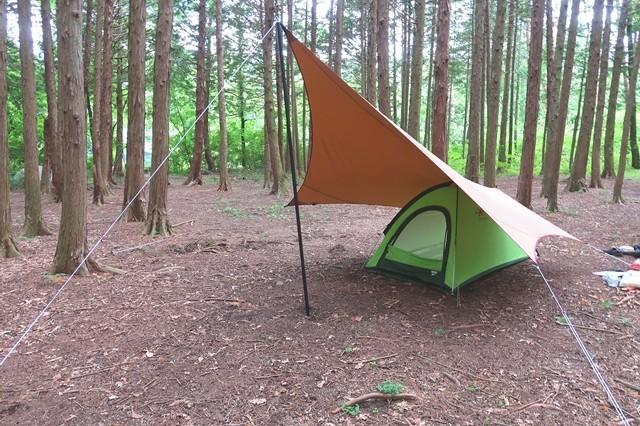 ソロキャンプ用のタープ