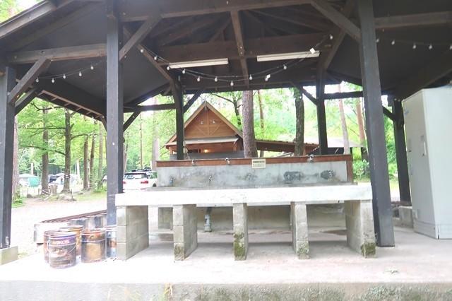 尾白の森キャンプ場の炊事場
