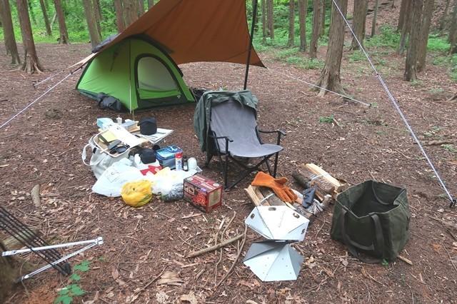 テント、タープの設営終了の様子