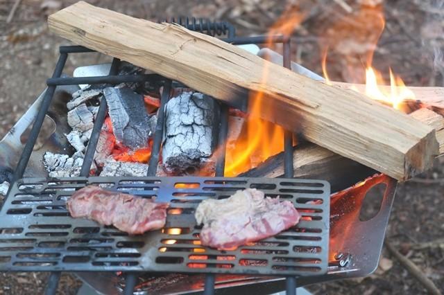 キャンプ焼肉するなチタン焼き網が2枚欲しい